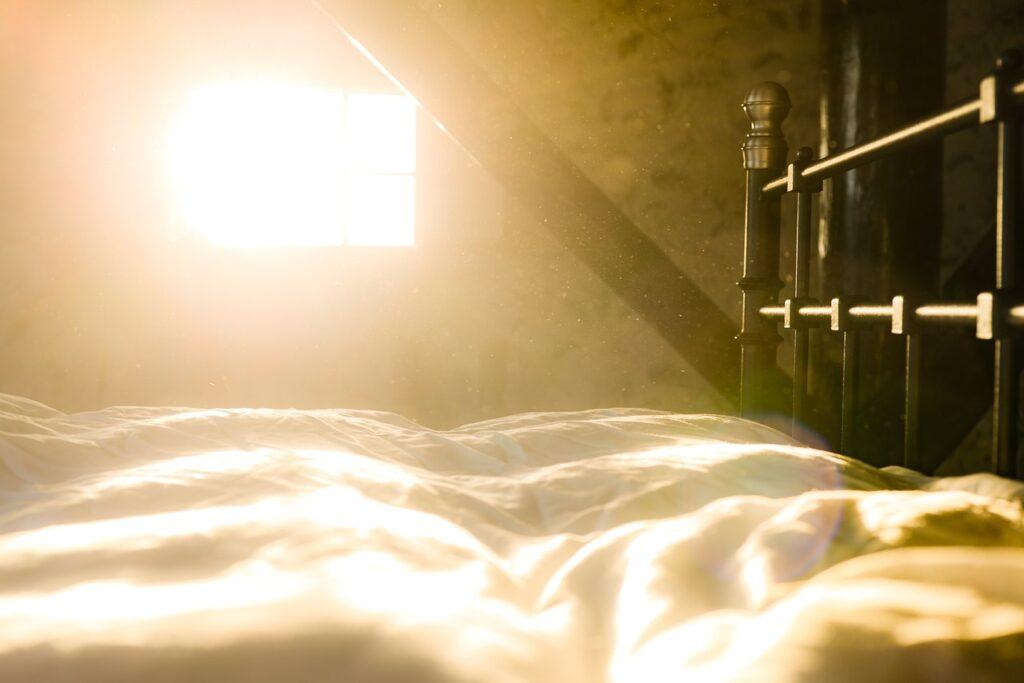 bed, dust, sun